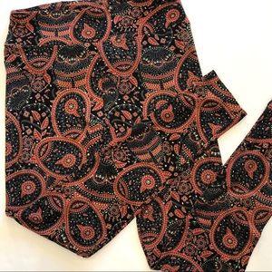 LuLaRoe | Black & Rust Floral Paisley Leggings